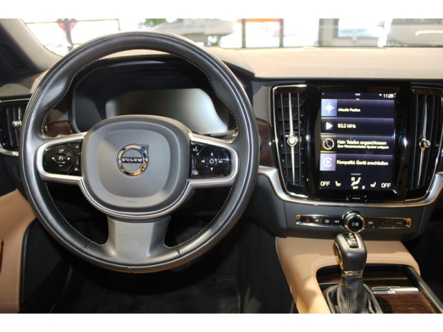 Volvo S90 D5 AWD Inscription Navi Voll-LED Standheizung