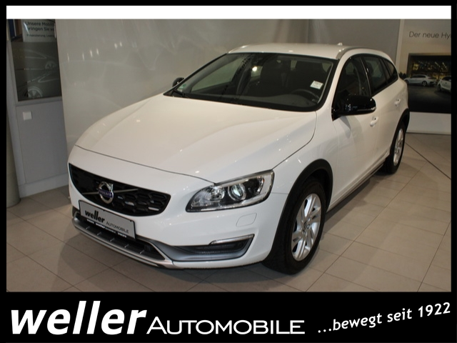 Volvo V60 Cross Country Cross Country D4 Momentum Navi X